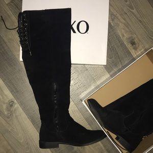 XOXO Shoes - Xoxo knee high boots